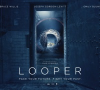 Looper- Photo